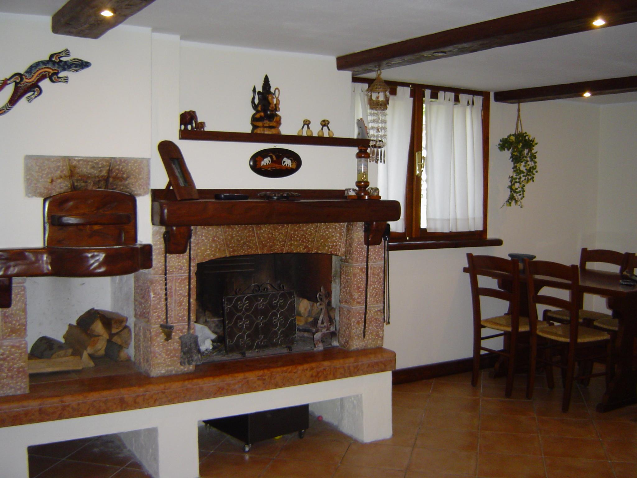 best per travi in legno faretti travi legno su case simili with travi in legno per soffitto